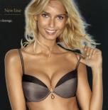 D�msk� push-up podprsenka Wonderbra 8190