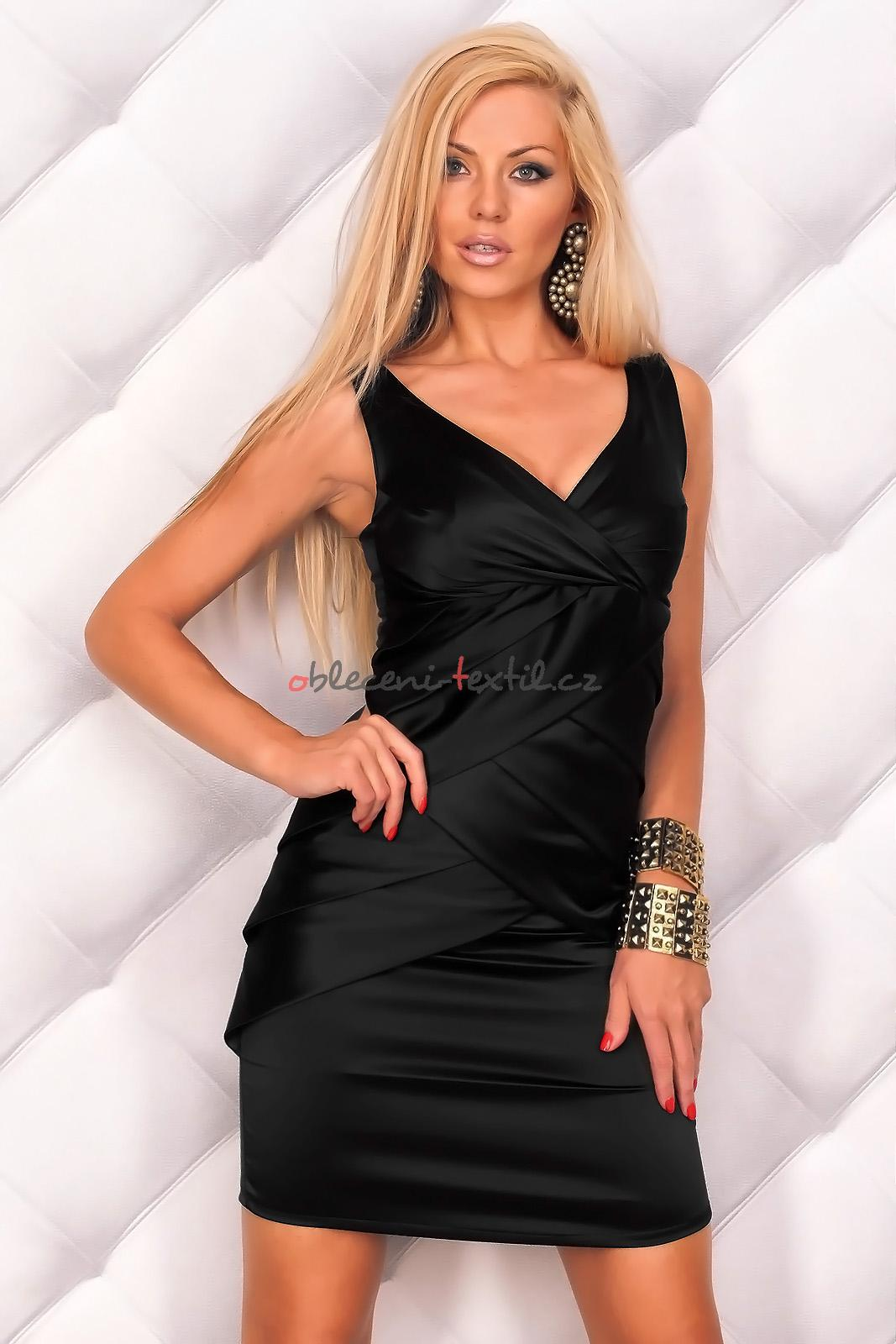 Dámské pouzdrové šaty queen o f hs sa93bl 8c75ea881f